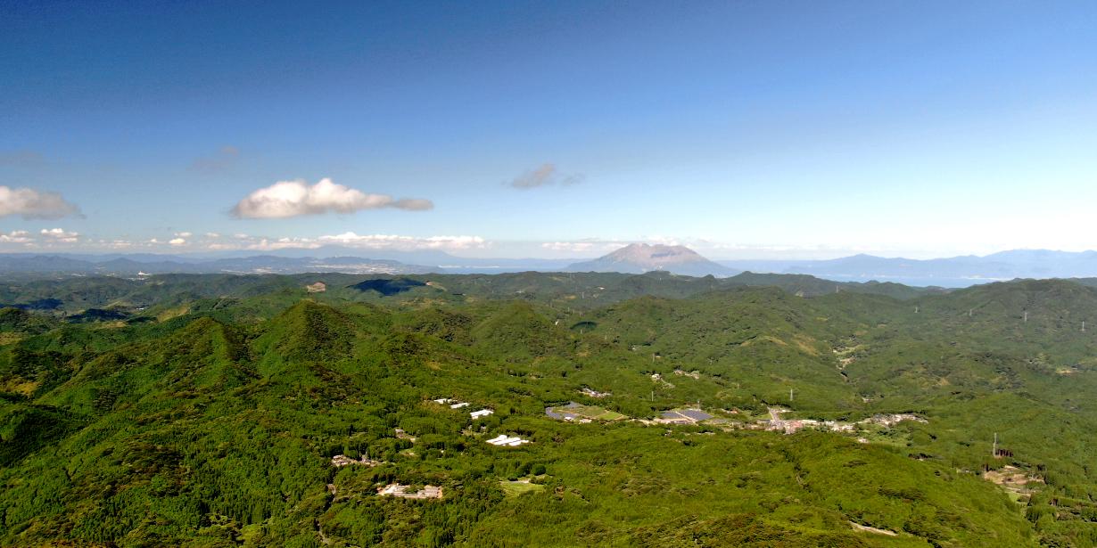 金峰山から桜島を望む